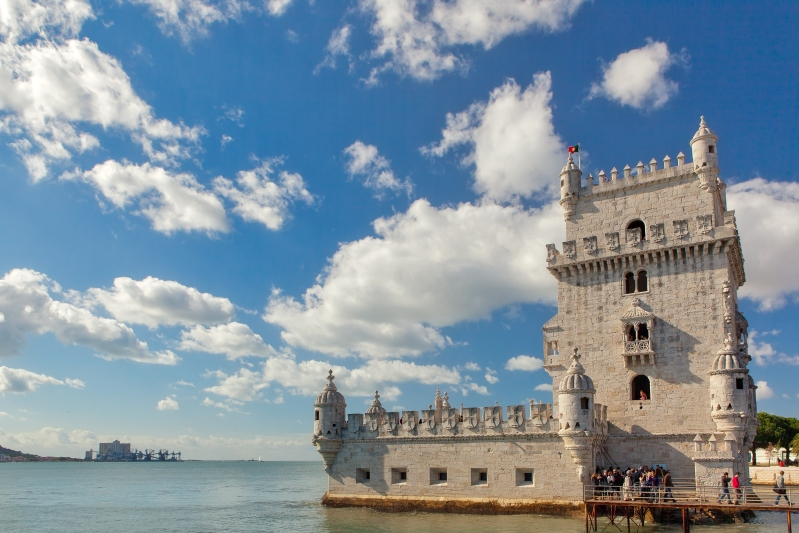 Belém_Tower_from_East