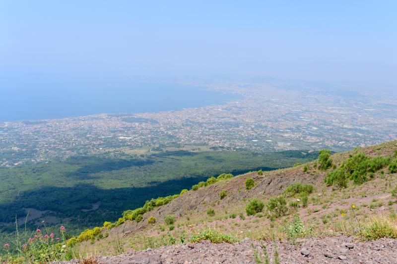 Crater_rim_Vesuvius_view_-_Campania_-_Italy_-_July_9th_2013_-_02