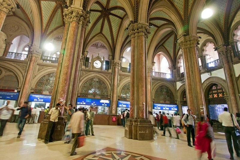 item13.rendition.slideshowHorizontal.train-station-architecture-14-chhatrapati-shivaji-terminus